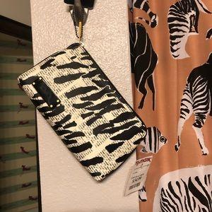L.A.M.B. Bags - BNWT LAMB By Gwen Stefani Makeup Bag